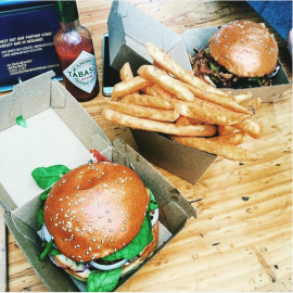 "2015-11-04 11_27_48-Varsity Burgers Northbridge on Instagram_ ""burgers American style🇺🇸 🍔 🍟 📷_"